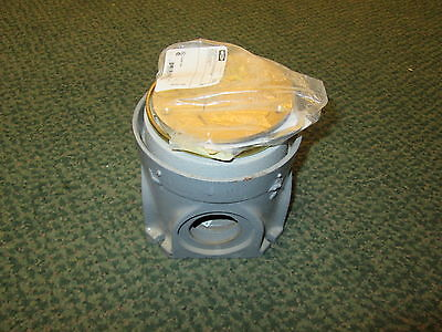 Hubbell Floor Box w/ Cover D70026/S3925 Brass Cover New Surplus