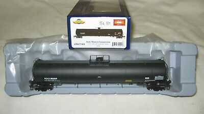 "Athearn Genesis HO UTC 33K Gallon LPG Tank Car ""Early"" ROCX 8020 ATHG25491"
