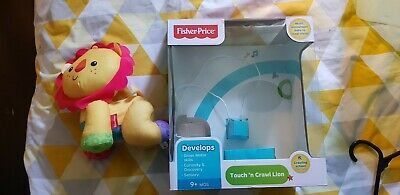 Fisher Price Rory the crawling lion