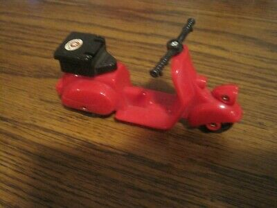 Vintage 1986 Bandai Post Office Scooter!   Maple Town