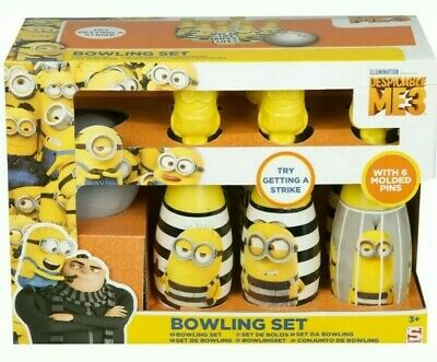 Minions skittle sets. Box of 8 Sets.  B.N.I.B. Great for party gifts. BARGAIN