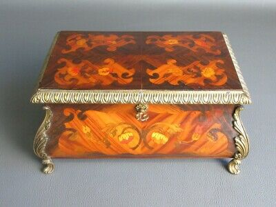 Important Treasure Box Baroque Wood Inlaid with Decoration Bronze