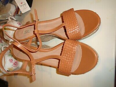 03cc8917dae UGG AUSTRALIA SIZE 9 FITCHIE Brown Leather Wedge Heel Sandals New ...