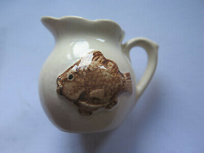 ROSE NOBLE AUSTRALIAN POTTERY SMALL JUG BROWN FISH PICTURED c1950s