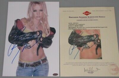 "BRITNEY SPEARS Hand Signed 8""x12"" Photo + PAAS COA"