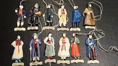 12 WHW badges traditional clothing series (my nr w7c)