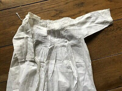 VINTAGE CHRISTENING GOWN  VICTORIAN EMBROIDERY WHITE COTTON BABY Doll Antique