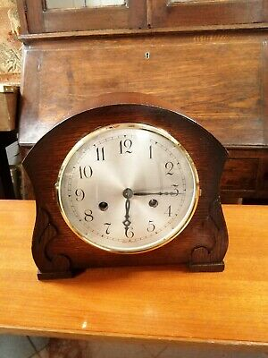 Antique Art Deco British Mantle Clock. Good condition. Working.