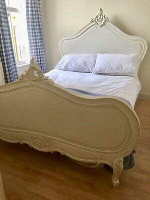 Rococo Louis XV Double French Style Carved Louis Antique Style White Bed