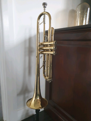 Trumpet Bach Tr300 Student