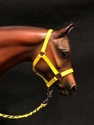 Breyer Traditional size-Stock Halter & Lead Rope-Yellow