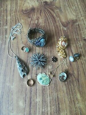 Mixed lot of Vintage and Contemporary Costume Jewellery