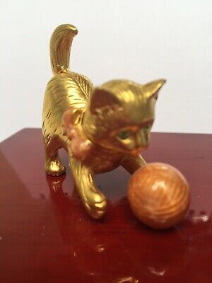 "Estate Collectable Estee Lauder Solid Perfume Compact ""Delightful Kitten""  2001"