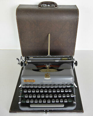 Vintage Imperial Good Companion 3 Typewrite with Case Vgc