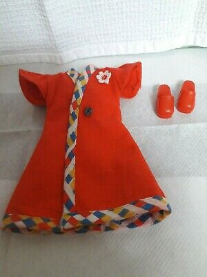 VINTAGE SINDY 1974 WRAPOVER (Ref S129) AND RED SHOES..LOVELY CONDITION..NO DOLL
