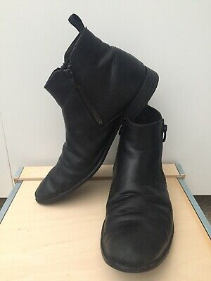 Clarks Mens Leather Black Boots  Size Uk 8