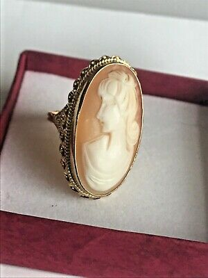 Antique / Vintage 14K Yellow Gold  Big Cameo cocktail Ring Unique !