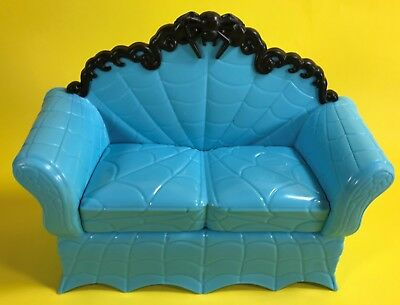 1:6 SCALE MONSTER HIGH DOLL DOLLHOUSE FURNITURE BLUE COUCH SOFA ONLY fits BARBIE