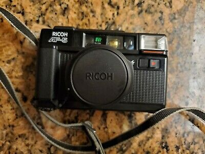 Ricoh AF-5 35mm Film Point & Shoot Camera with strap and lens cover tested Works