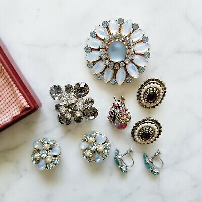 Lot of Authentic Vintage Antique Collectible Jewelry Including Brooches Earrings