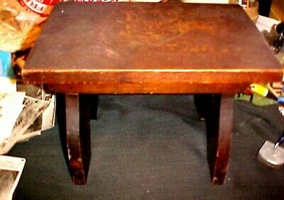 Nice Old Wooden Art Deco / Arts & Crafts Foot Stool, Really A Nice One!!