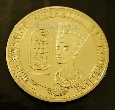 Nefertiti Ancient Egypt Pyramid 24k Gold Plated Souvenir Collectable Coin Gift