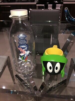 """Vintage 1995 Warner Bros. Marvin The Martian """"The Milky Way"""" Milk Glass And Cup"""