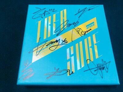 ATEEZ - ALL MEMBER Autographed (Signed) PROMO ALBUM