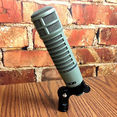 EV RE20 Broadcast Microphone Electro-Voice RE-20 *In FLAWLESS CONDITION*