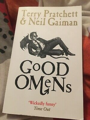 Good Omens (Paperback) by Neil Gaiman and Terry Pratchett | Like New