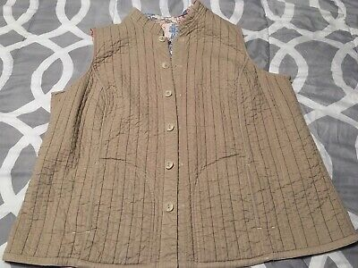 Vintage Handmade Quilted Vest Reversible Size L/XL Very Nice Quality! Beautiful