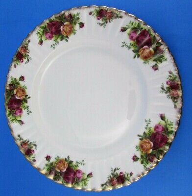 Vintage Royal Albert Old Country Roses Dinner Plate Made In England
