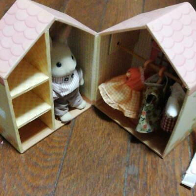 SYLVANIAN FAMILIES Rabbit's Dress Closet  Novelty Retired Calico Critters Epoch