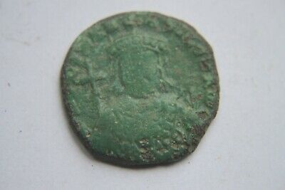 ANCIENT BYZANTINE NICEPHORUS II BRONZE FOLLIS COIN 10th CENTURY AD