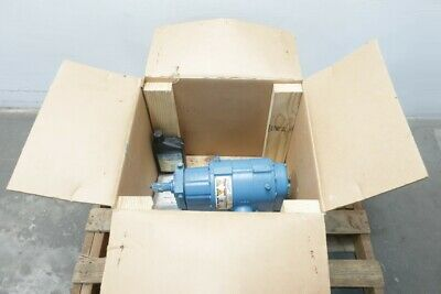 Tuthill 3202-64T3-4656 Rotary Positive Displacement Blower 1-1/2in Npt