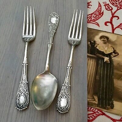 ANTIQUE CUTLERY 2x FORKS 1x SPOON ORNATE SILVER PLATE 1835 R WALLACE CONNECTICUT
