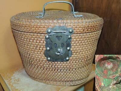Woven Teapot Caddie Wicker / Rush / Reed lined Vintage 1950s Chinese
