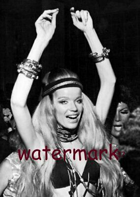 Veruschka Dancing WOODSTOCK 50TH ANNIVERSARY AUG 16 1969 PUBLICITY 5 X 7 PHOTO