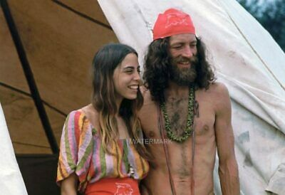 Hippie Couple At Woodstock 50Th Anniversary Aug 16, 1969 Publicity 5 X 7 Photo