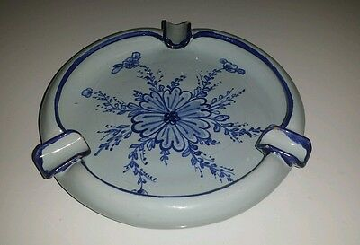 """Vtg Hand Painted Italian Blue & White Floral 7 3/8"""" Ashtray Marked~ 1053 F ITALY"""