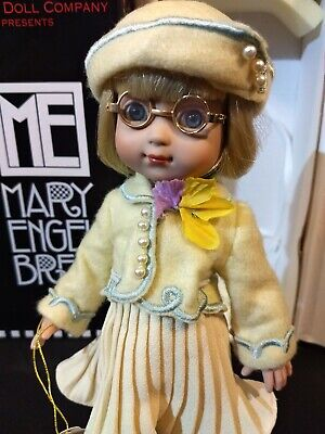 """MARY ENGELBREIT """"MAY DAY SUIT"""" TONNER DOLL 10"""" ANN ESTELLE w/STAND ME0101 w/box!"""