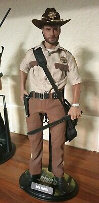 1//6 Scale Toy Rick Grimes The Walking Dead Official Weathered AK74 Rifle
