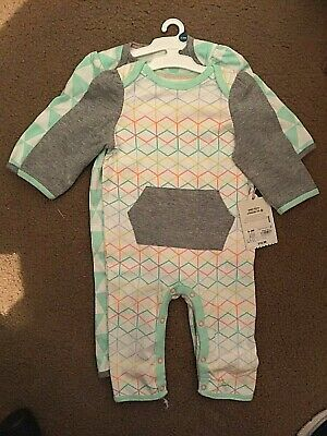 1b26e914d1139 Cloud Island Target Baby Boy/Girls Unisex 0-3M 2pc GEO-Romper White