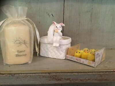 Easter Blessing Pillar Candle Little Chicks White Porcelain Posies Vase Bunny