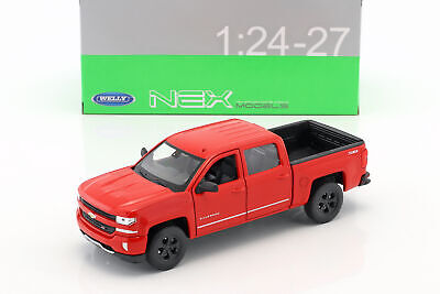 Generation Ab 2018 1//24 Welly Modell Auto.. Chevrolet Silverado Pick-Up Weiss 4