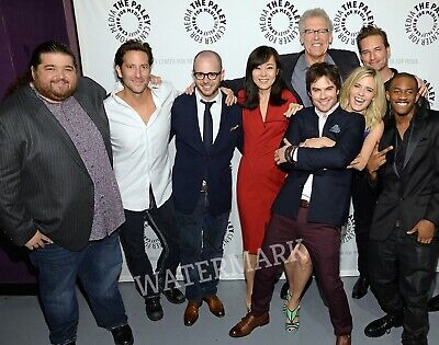 Lost Tv Series Cast At Award Show Posing Together Candid Publicity Photo