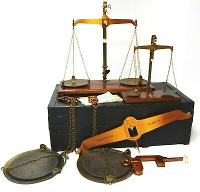 Antique scales, beam scales, Victorian Trading Standards, cased, Degrave, London