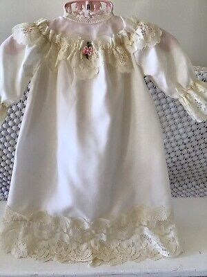 "DOLL  DRESS (14"" To 16"" Doll)"