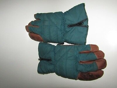 Pair of Vintage XL Crips Gloves - Green Brown Leather