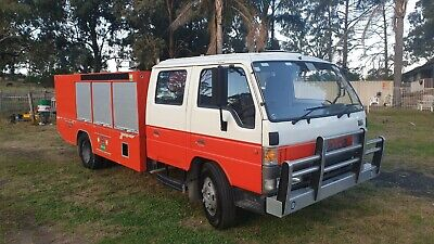 Mazda B4600 dual cab fire truck. Workshop service body truck as new low km.
